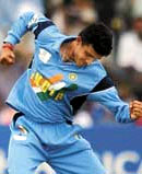 http://india-zimbabwe.cricket.deepthi.com/images/sourav.jpg